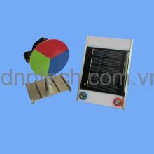 Bộ thí nghiệm chạy động cơ nhỏ bằng pin Mặt trời